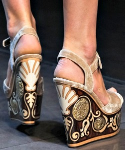 dolce-and-gabbana-ss14-shoes17