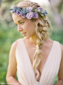 trenzas-laterales-con-corona-de-flores