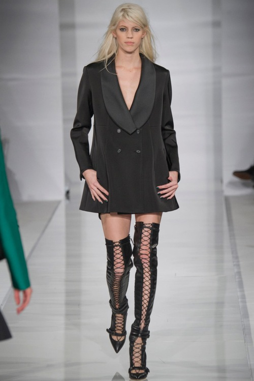 792-devon-windsor-@-antonio-berardi-london-fashion-week-fall-winter-2014-2015-6