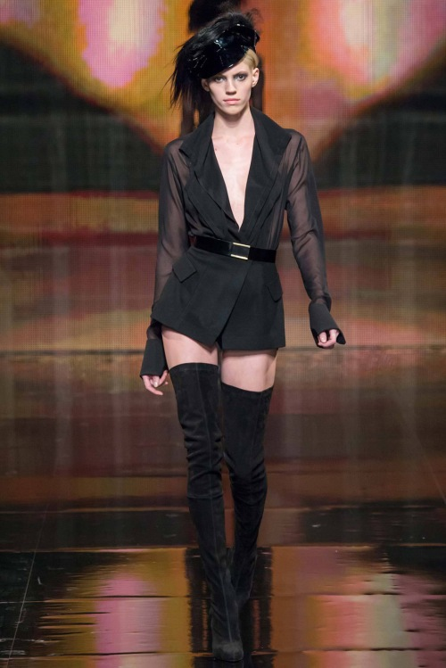 792-devon-windsor-@-donna-karan-new-york-fashion-week-fall-winter-2014-2015-51