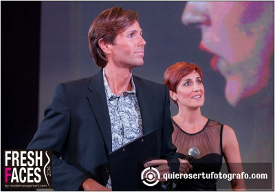 Presentadores , Erik Putzbach y Stephanie Figueira