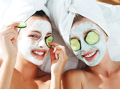 Mascarillas-caseras-para-cuidar-tu-rostro-del-verano_